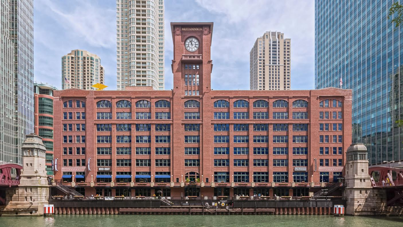 Friedman Properties reviews | 350 North Clark Street - Chicago IL
