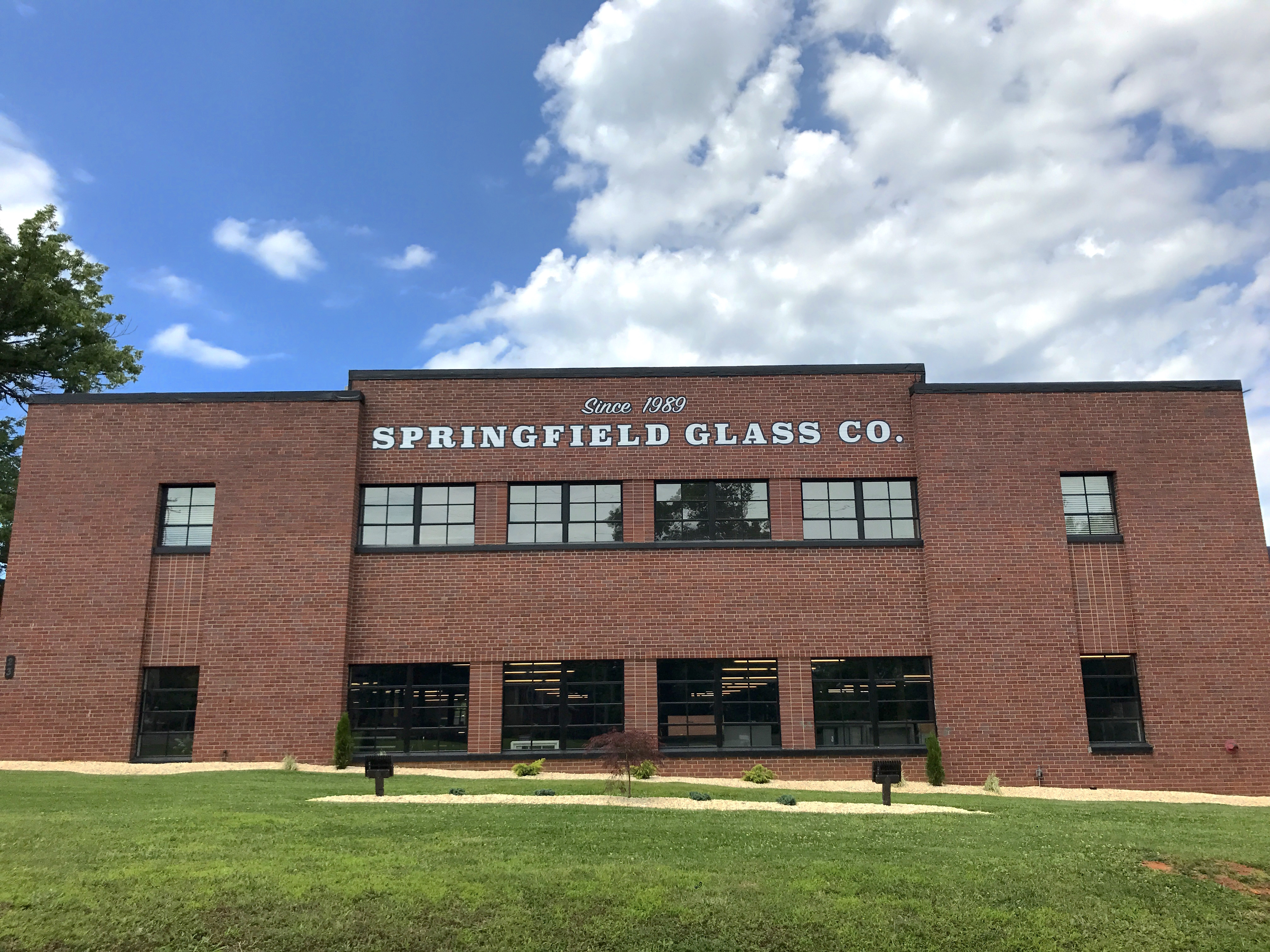 Springfield Glass Co reviews | 23 North Main Street - Springfield TN
