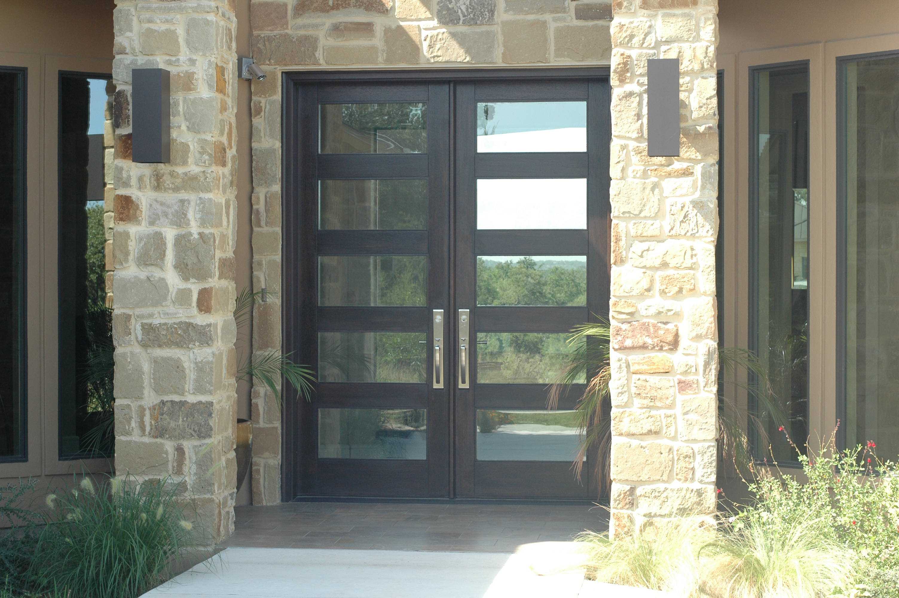 The Front Door Company reviews | 9222 Burnet Rd #104 - Austin TX