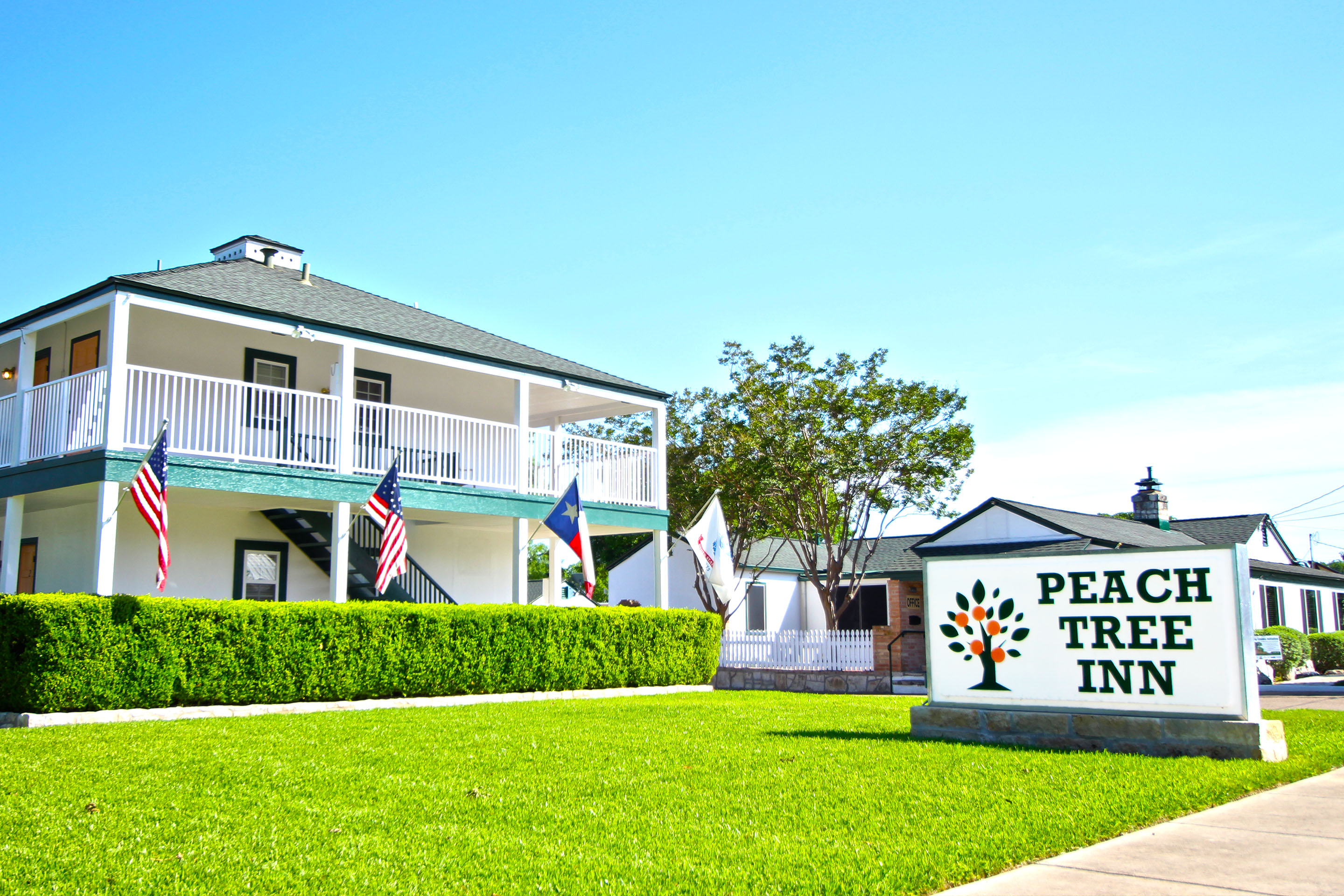 Peach Tree Inn & Suites reviews | 401 S Washington St - Fredericksburg TX