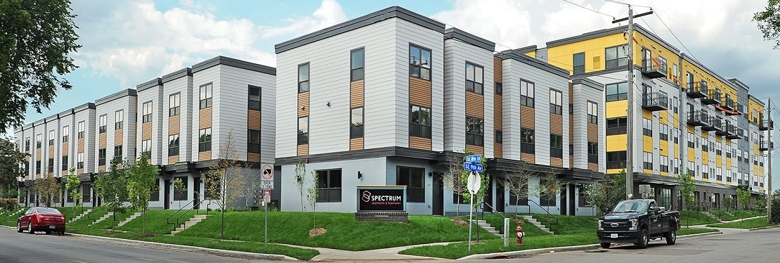 Spectrum Apartments & Townhomes reviews | 815 SE 9th Ave - Minneapolis MN