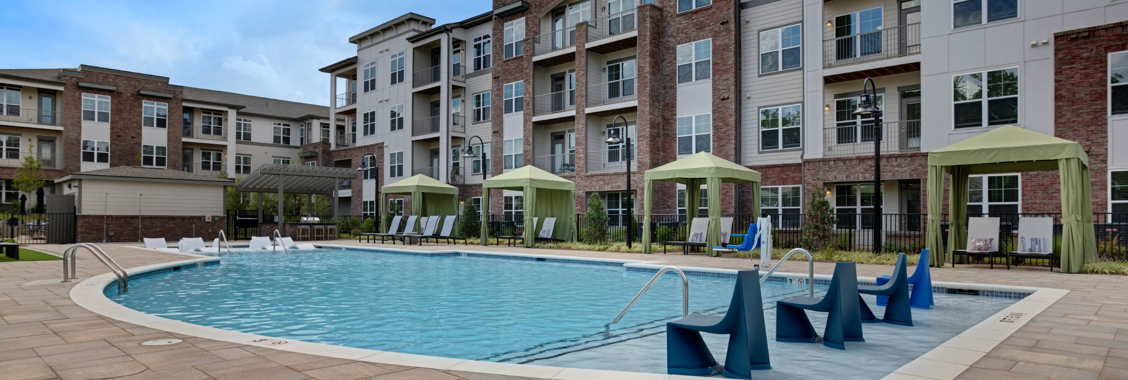 Apartments @ Eleven240 reviews | 11240 Woolwich - Charlotte NC